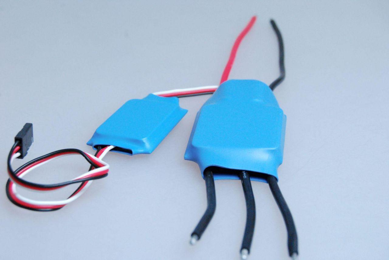 Brushless Heli Regler 50A H50A 2S-3S (11,1V) 3A BEC programmierbar ESC