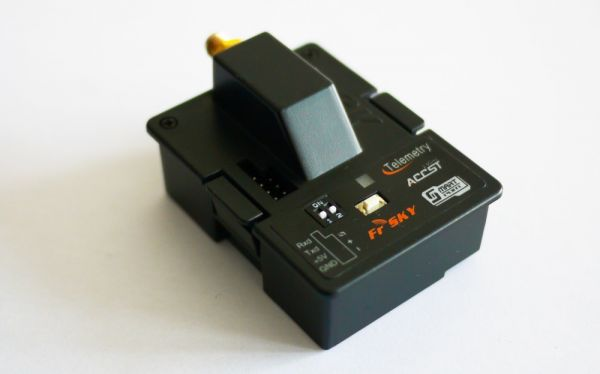 FrSky Taranis XJT HF Sendemodul JR / Graupner 2,4 GHz ACCST EU LBT