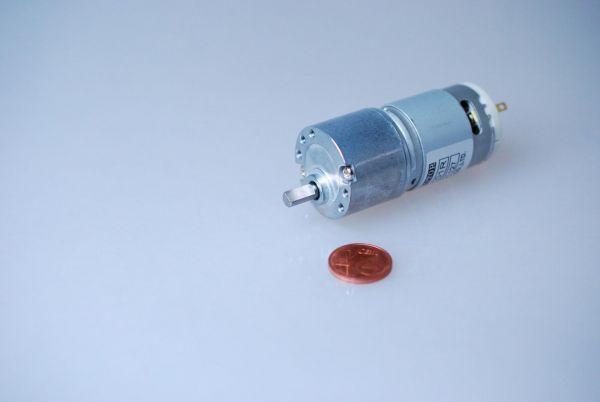Getriebemotor 12V 1:100 56 U/min 30,0 Ncm 62 x 30 x 30 mm RB30 RB35
