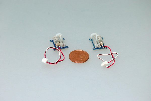 2x Linear Ultra Micro Servo 1,5g 0,12sec für 1S LiPo RECHTS + LINKS